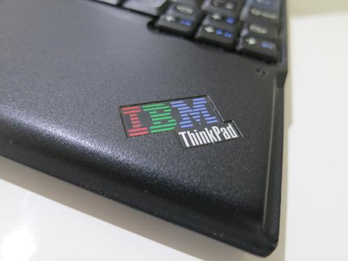 ThinkPad x60s懐かしのIBMロゴ