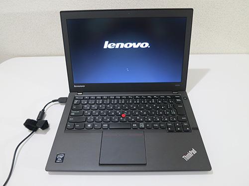 ThinkPad X240s 届いたので早速電源を入れる