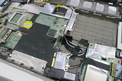 X201sハードディスクを外す