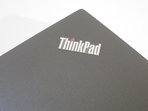 ThinkPad T440sのレビュー メタリックなつるつるした質感で高級感あふれてます