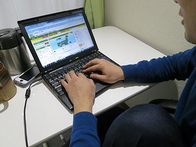ThinkPad X201sを使う友人