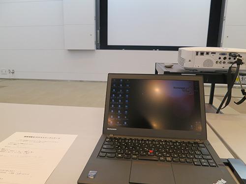 セミナーで使うPCは小さいThinkPad X240sが便利
