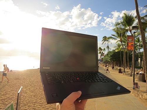 ThinkPadX240sをハワイ出張に持って行った