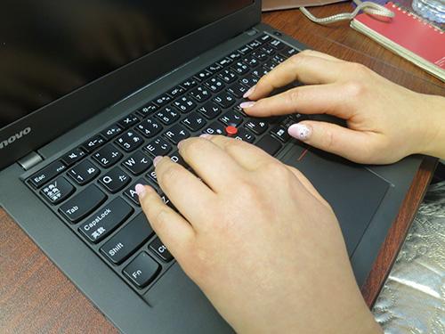 届くたびにクリックの感触が変わるThinkPad X240