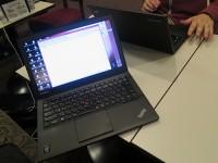 Thinkpad X240s HD液晶とフルHD液晶を並べてみる