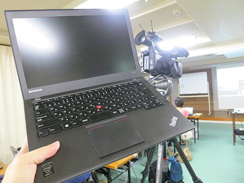 セミナー会場でThinkPad X240s