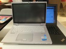 Let's note(レッツノート)CF-AX3とThinkPad X240s