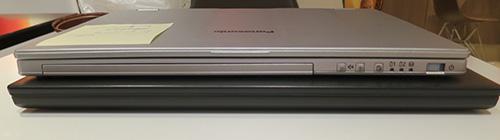 Let's note(レッツノート)CF-AX3とThinkPad X240sの厚さを比較