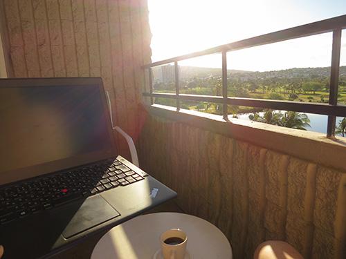 日の出を見ながらコーヒータイム