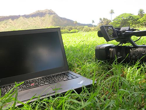 ハワイでThinkPad X240s と NX3 ダイアモンドヘッドが見える特等席