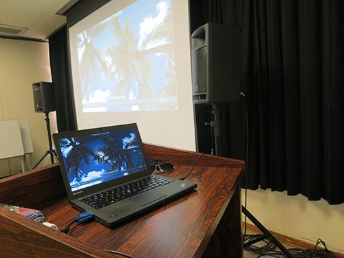ThinkPad X240で映画上映会