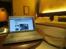 セントレジス大阪のお部屋でインターネット