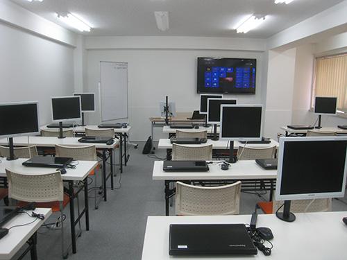 X240sをパソコン教室のセミナールムにて使用中