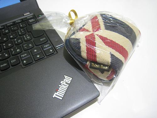 ThinkBee!(シンクビー!)のミニポーチとThinkPad X240s