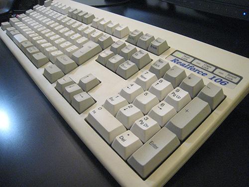東プレ リアルフォース106 キーボードを使い続けて11年