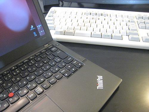 ノートパソコンのキーボードならThinkPad デスクトップのキーボードなら東プレリアルフォースで決まり