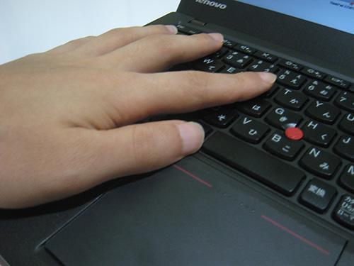 ThinkPad X240 x240s疲れないクリックのやり方横から