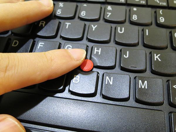 Thinkpad ワイヤレスキーボード トラックポイントは感度がよくて使いやすい