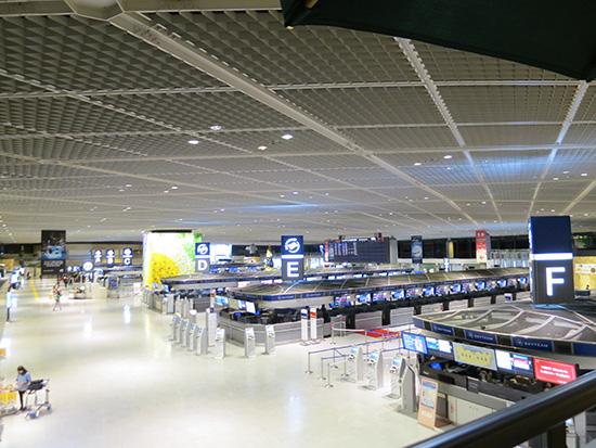 成田空港第一ターミナルは人が少なくて落ち着く