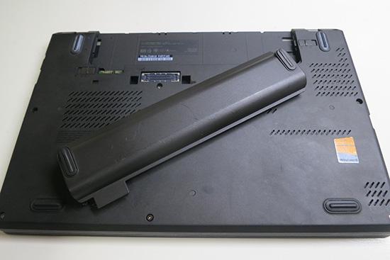 ThinkPad X240 T440s リアバッテリーがエラーになったときの事例と対処法