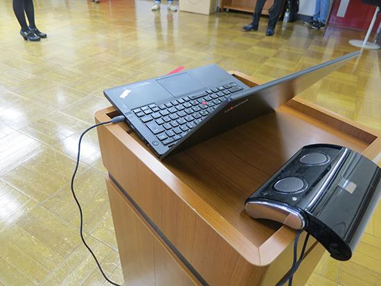 Thinkpad X240s に JBL ON TOURポータブルスピーカーをつなげて音だし