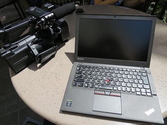 ThinkPad X250を直射日光にさらしながらの動画エンコードはやばい 笑