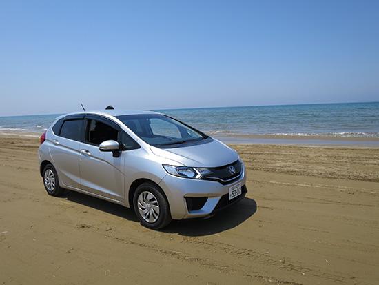 千里浜なぎさドライブウェイ 5月 海辺を車で走ってきた