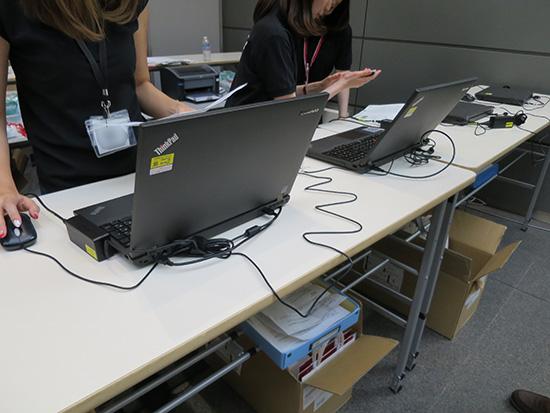 イベント会場に並んだThinkPad T540p