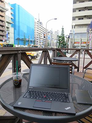 ThinkPad X250と梅雨の空