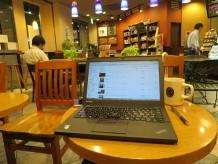 ThinkPad X250を開いてタリーズで仕事の調整と仕上げ