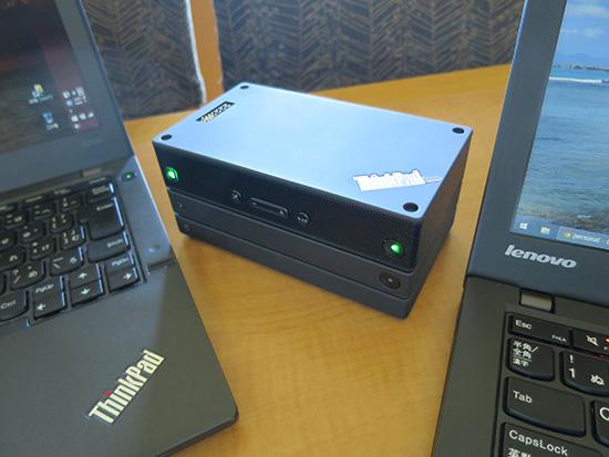 ThinkPad Stack Bluetooth スピーカーをホテルの部屋でペアリングして聞いてみる