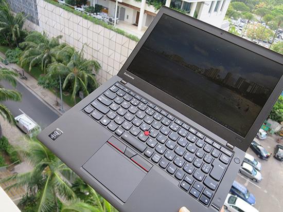 ThinkPad X250過酷な条件で使いすぎてバッテリーがへたってます