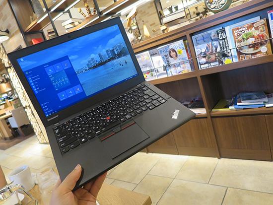 ノートパソコンを持ち歩くならモバイルの王道ThinkPad X250