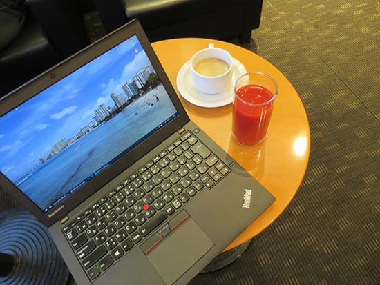 コーヒーとトマトジュースとThinkPad X250