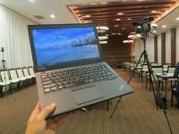 撮影現場でThinkPad X250