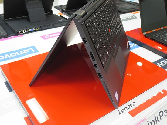 ThinkPad Yoga 260 テントモード