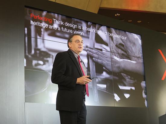 レノボ副社長David Hill デイビッドヒルさんが Thinkpad X1ファミリー発表会で登壇