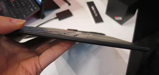 Thinkpad X1 Tablet キーボードの厚さ
