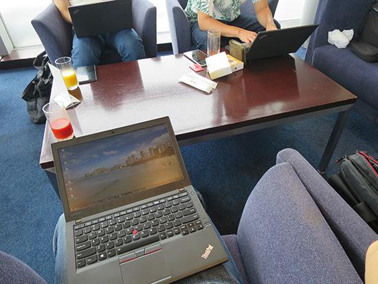 ThinkPad X260 2台と X240が勢揃い