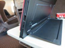 Thinkpad X1 Tablet キックスタンドが無段階で調整できて便利