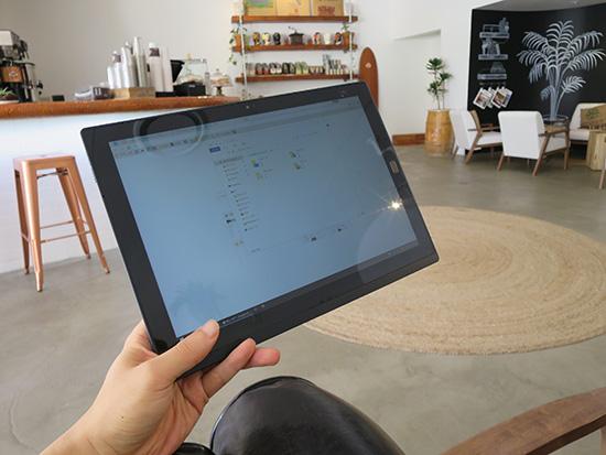 X1 Tablet タブレットとして最強の使い心地