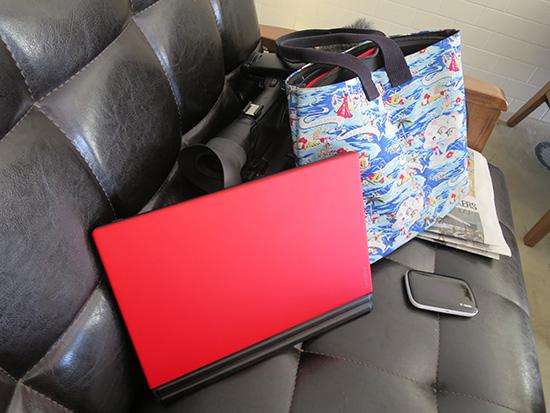 ThinkPad X1 Tablet 軽くて持ち運び最強! 赤のキーボードがかっこいい
