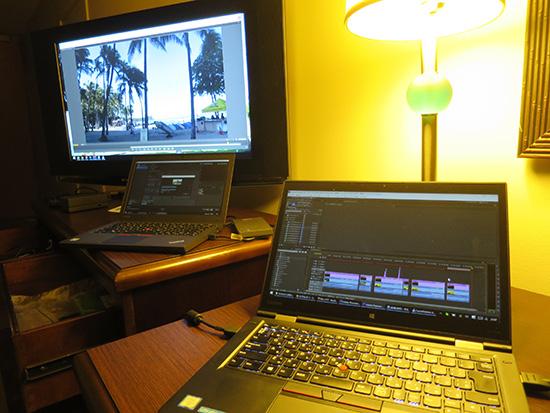 ThinkPad X1 Yoga で動画編集中