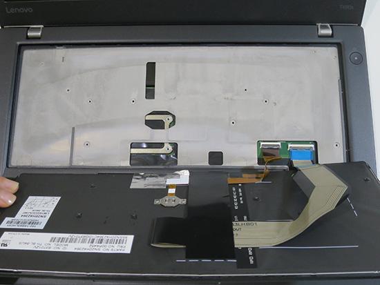 T460s キーボード接続端子を外す