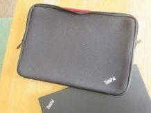 ThinkPad T460s ケース 純正のインナーケースを使ってます
