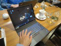 ThinkPad X1 CarbonとThinkPad X1 Tablet 穴場のカフェで一仕事中