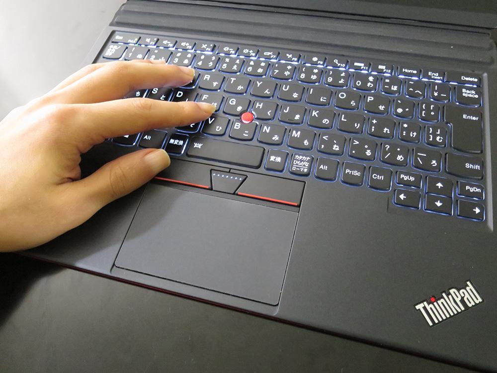 X1 Tablet 手のひらの感触が心地いい