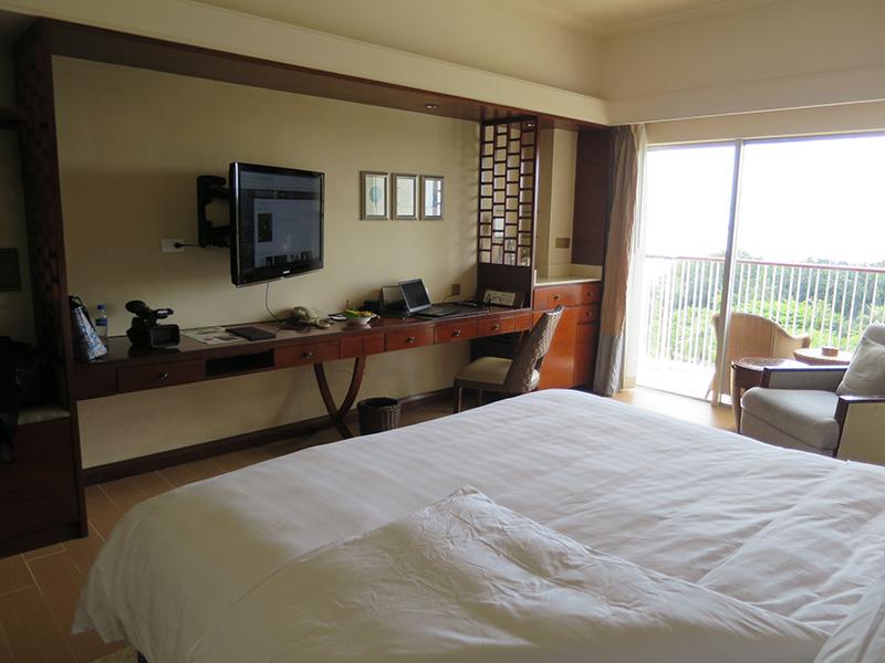 開放感が半端ない マクタンセブシャングリラリゾートの部屋