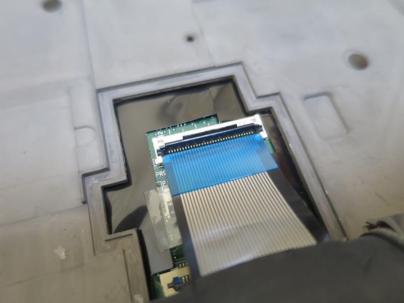 t440p キーボード端子部分