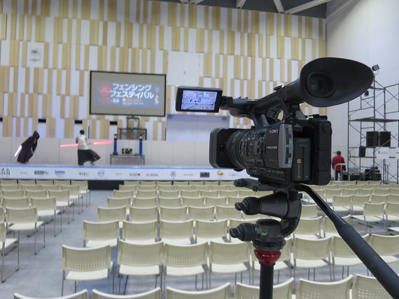 イベント会場で 撮影カメラはSONY NX3